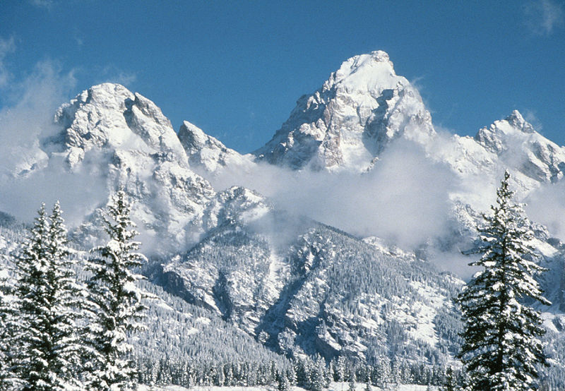 800px-Grand_Teton_in_Winter-NPS[1]