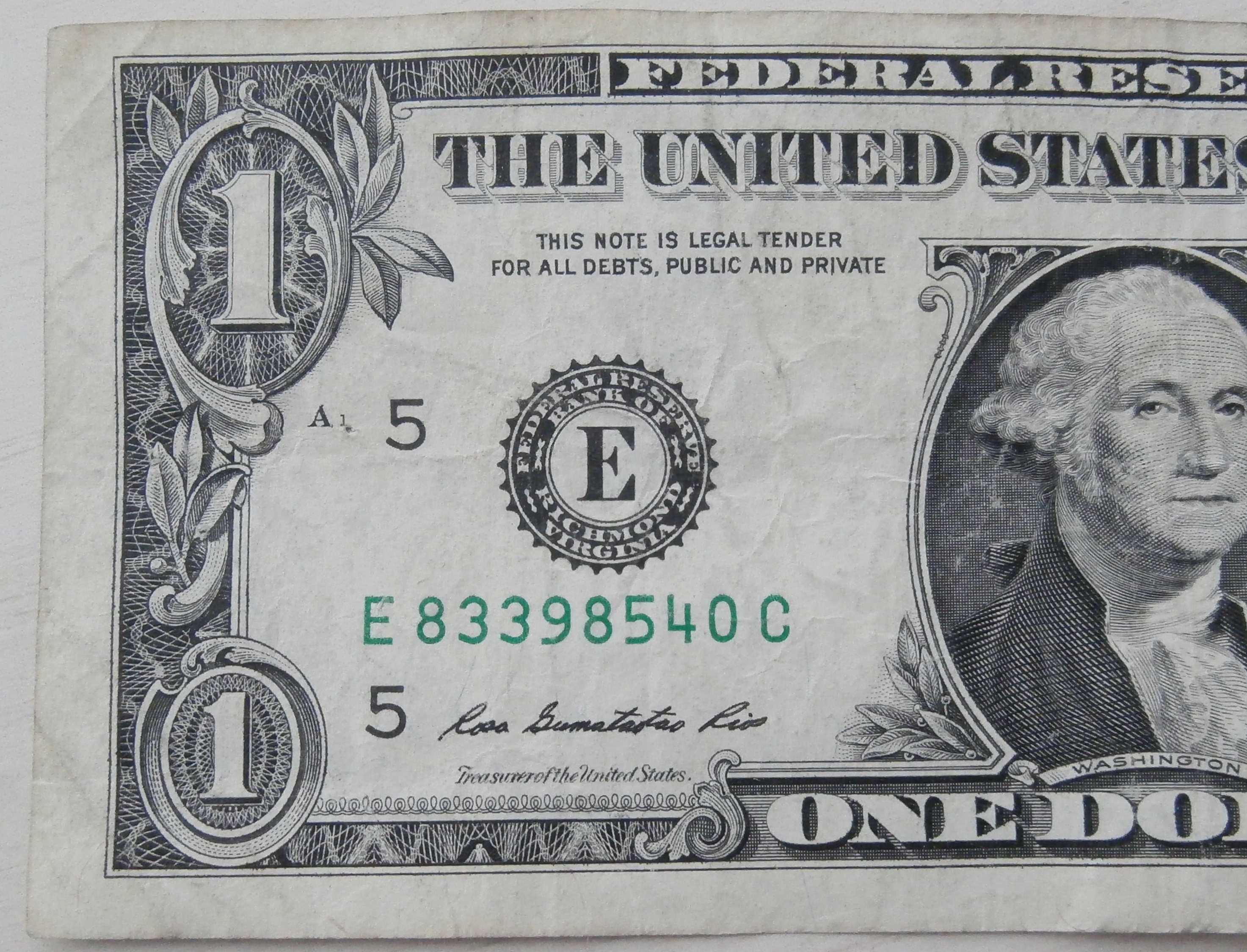 dollar bill and serial number