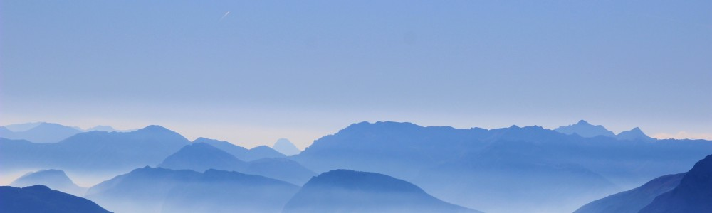 cropped-clouds-over-mountains1.jpg